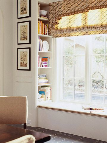 Window seat built-in!Bays Windows, Kitchens Windows, Kitchens Design, Windows Benches, Reading Book, Storage Shelves, Windows Seats, Book Shelves, Recipe Book