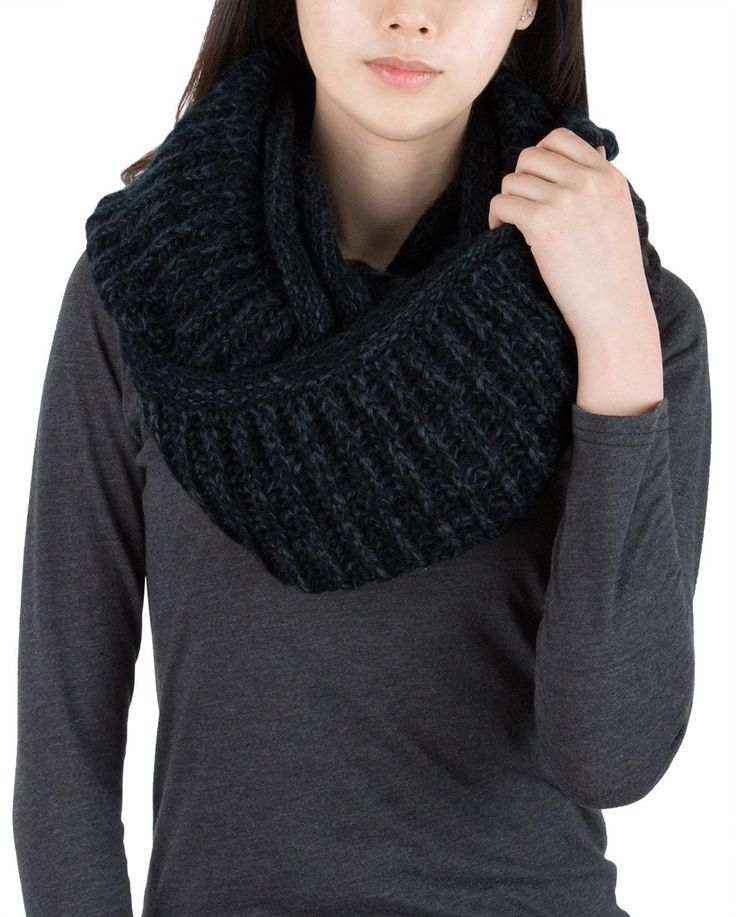 AnnaKastle Double Wrap Circle Ring Marled Chunky Knit Infinity Scarves in Black+DarkGray