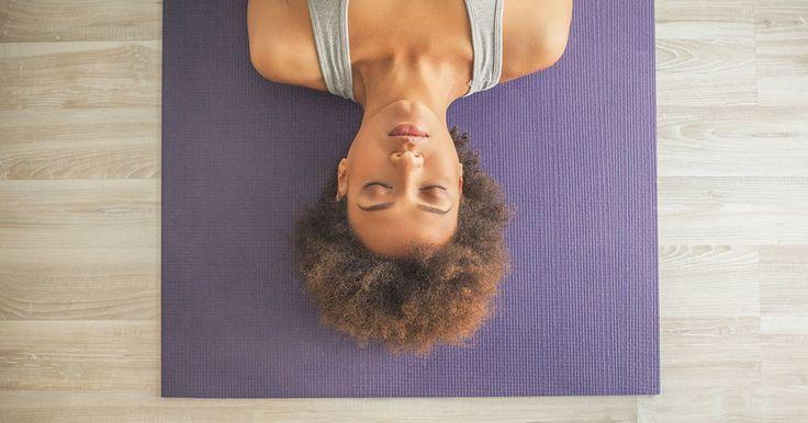 Exercice Du Yoga  :     Essayez cette routine de yoga rapide et efficace de 5 minutes que vous pouvez facilement faire à la maison. Cette séance d'entraînement débutant soulagera le stress et aidera votre insomnie.  - #Yoga