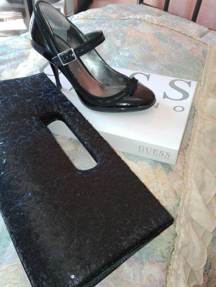 Accessori d'autore, tra la baghette rubata all'armadio della mamma e la scarpa Guess #vintageodemode