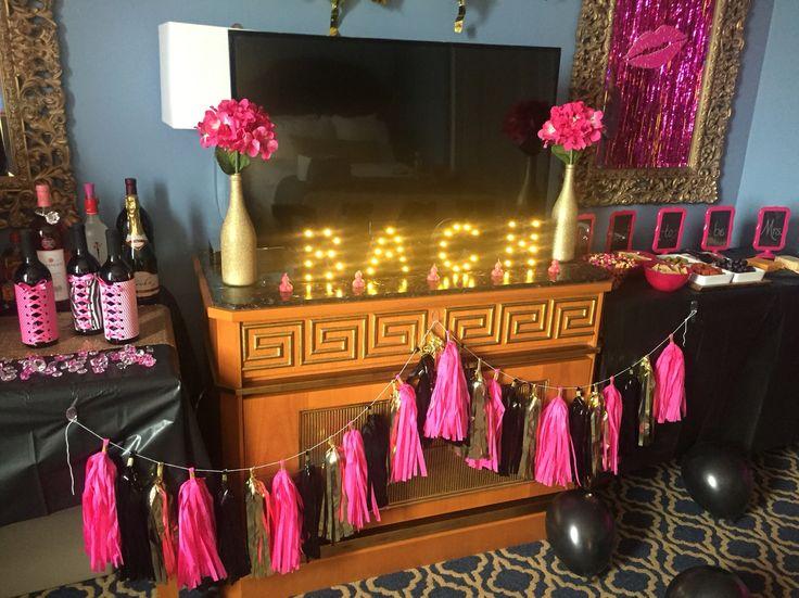 Hotel Room Decor #BacheloretteParty
