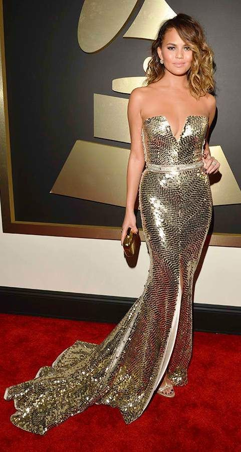 Chrissie Teigen shines at the 2014 Grammy AwardsPhoto: Cosmopolitan