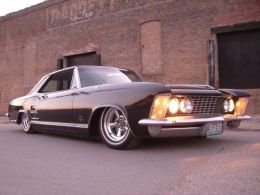 1964 Buick Riviera by DirtyDan http://www.gmbuilds.net/1964-buick-riviera-build-by-dirtydan