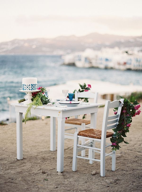 Breathtaking blue and white wedding inspiration in Mykonos - Love4Weddings