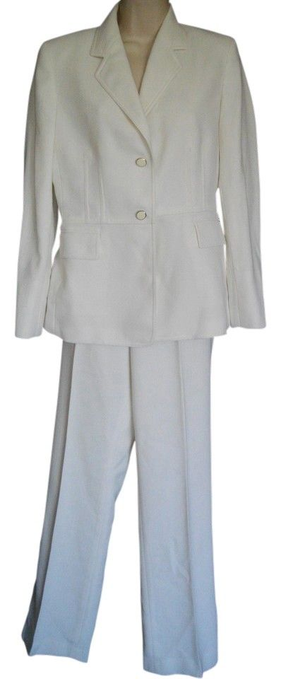 Kasper Single Breasted 4 Small S One Button Pants. Free shipping and guaranteed authenticity on Kasper Single Breasted 4 Small S One Button PantsUp for sale is the Kasper pants suit.  The size ta...