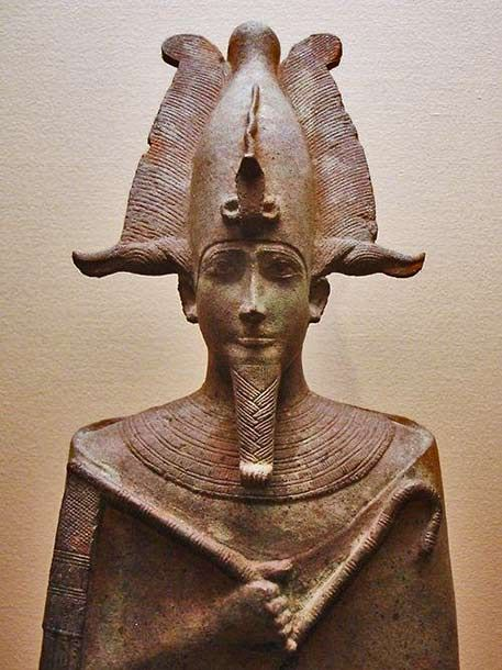 how the death of pharaoh was handled in ancient egypt Do you believe in curses the people living in ancient egypt did they believed that bad things would happen if you opened the tomb of a pharaoh.