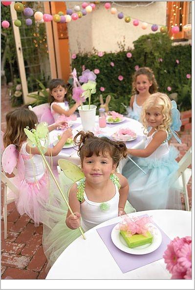 PRINCESSES ET FÉES. De jolies petites fées !