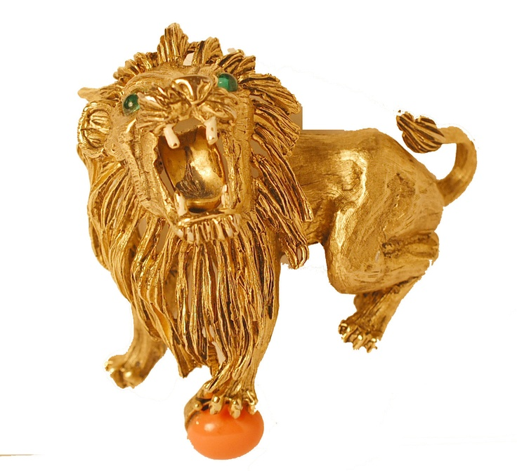 Hattie Carnegie Lion Brooch [I know this is a famous piece!]