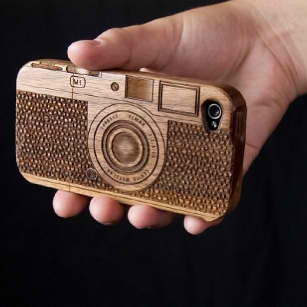 Camera hoesje van hout #camera #hout #wood #artist