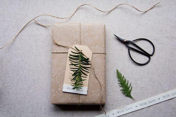 DIY: Kerstcadeaus inpakken | Woonguide.nl