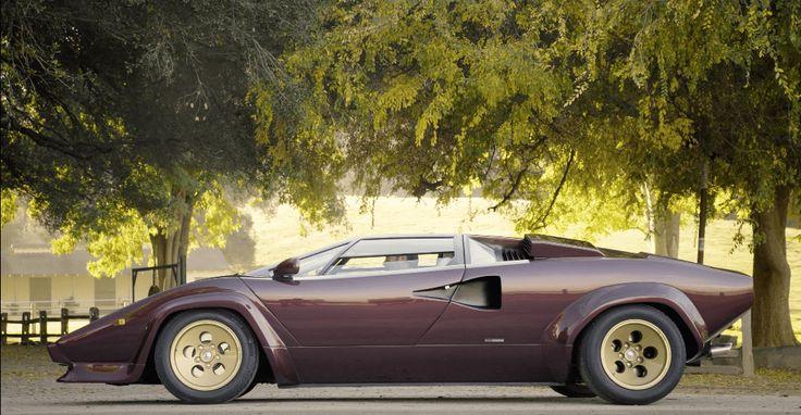 Balboni est un nom que l'on associe directement avec Lamborghini. Valentino Balboni fût l'ancien pilote de référence de la marque pendant des années.