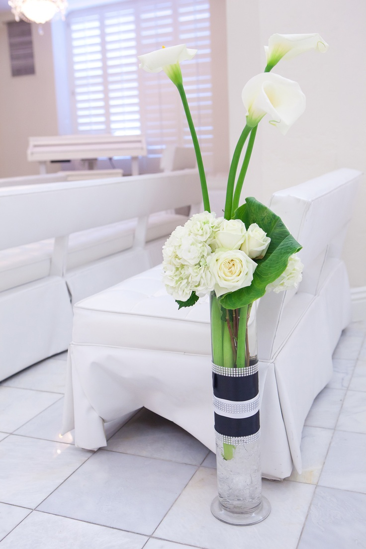148 best arum lilies arrangements images on pinterest floral calla lily arrangement i want two sets of three long stem calla lilies in a tall glass vase would be pretty at my wedding reviewsmspy