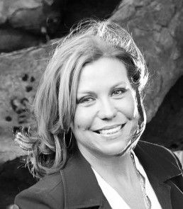 Julie Ashby has been in the Media + Television Industry in Australia and USA for over +15 years. Come to the Royal Oak, Double Bay at 6.15 pm on Tuesday 10/5/16 and find out how she can help you take great steps in your career.