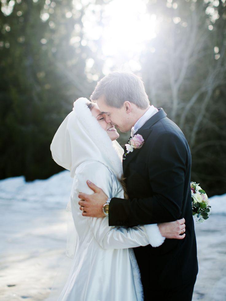 Bryllup fra Kleivstua Hotell av Mona Moe Machava Photography / Winterwedding in Norway
