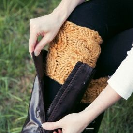 An easy two-hour knit project great for learning how to cable. You will love these quick knitted boot cuffs for Fall & Winter.