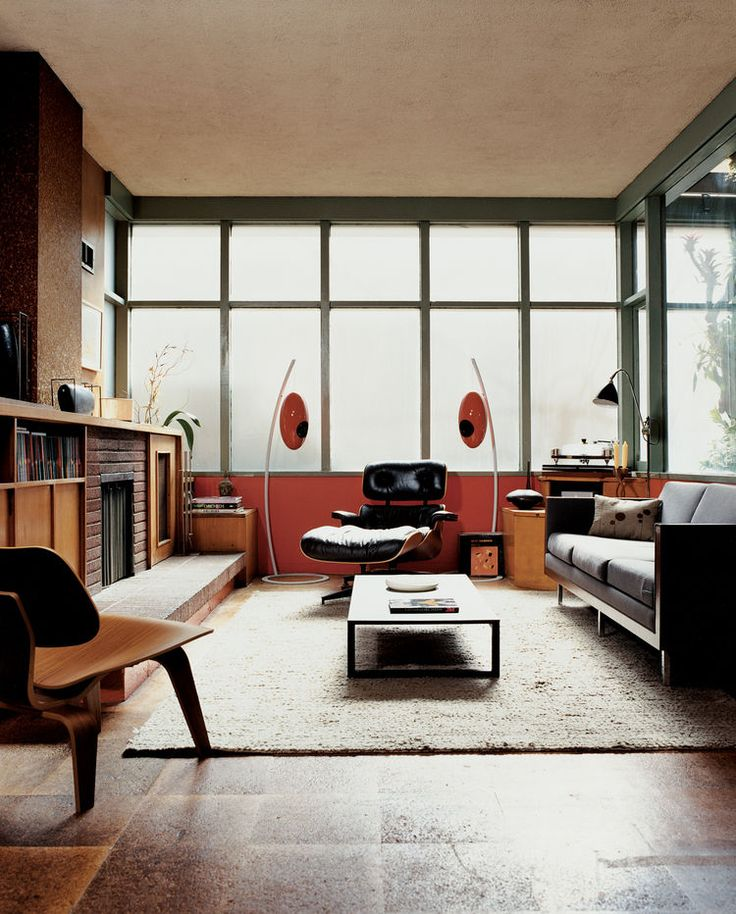 Windows Diffuses Light Evenly In The Living Room And Contributes To Sensation That You Have Left World Behind Eames Chairs For Herman Miller