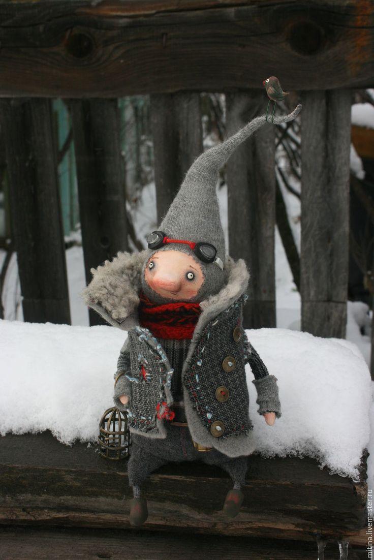 Купить Зимний гном - красный, гном, зима, жилет, авторская игрушка, Паперклей, проволока медная