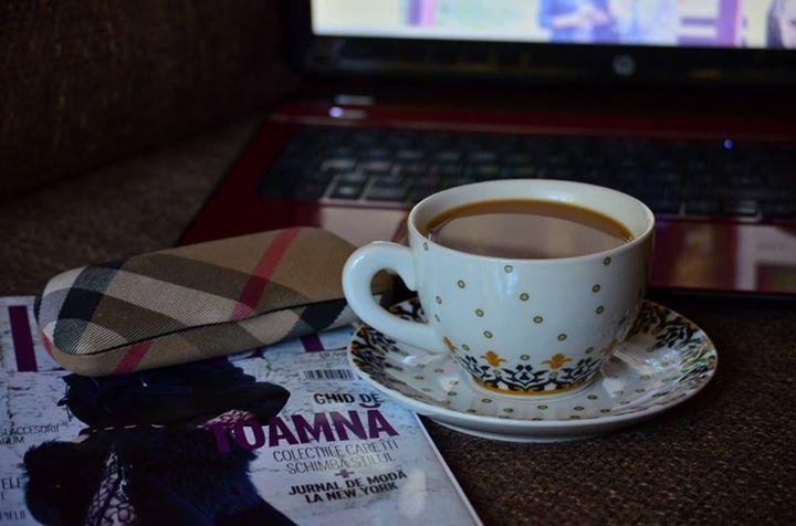 coffee, mornings, blogging, http://chocolatefashioncoffee.blogspot.ro/