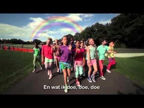 ▶ Kinderen voor Kinderen - Hallo Wereld - TEKST - ondertiteld - YouTube
