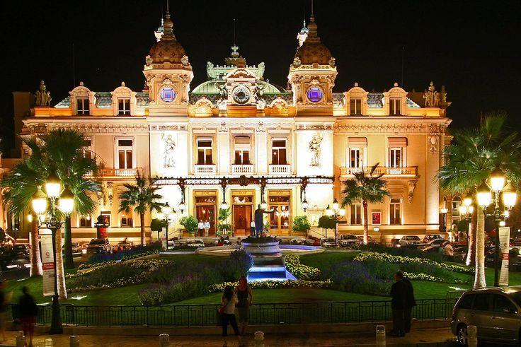 Фото: Княжеский дворец Монте - Карло. Монако.  🏰🌾🏰🌾🏰