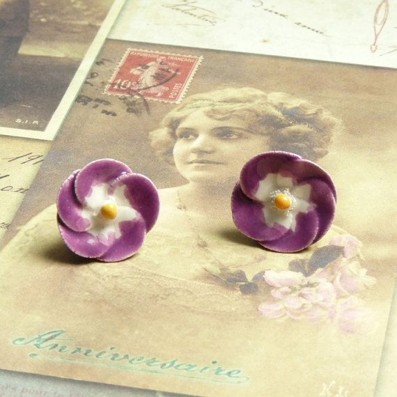 Flower Stud Earrings Flower Cabochon Ceramic by bleuluciole