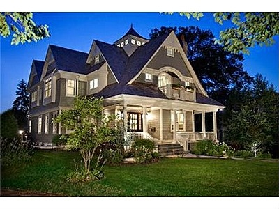 Hinsdale Illinois The Homes In This Community Are