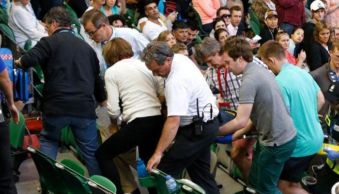 Andy Murray's father-in-law collapses watching Australian open