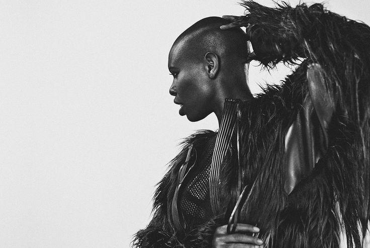 Christoph Köstlin - Skin of Skunk Anansie // 02 // Album // EP // black dress // black white