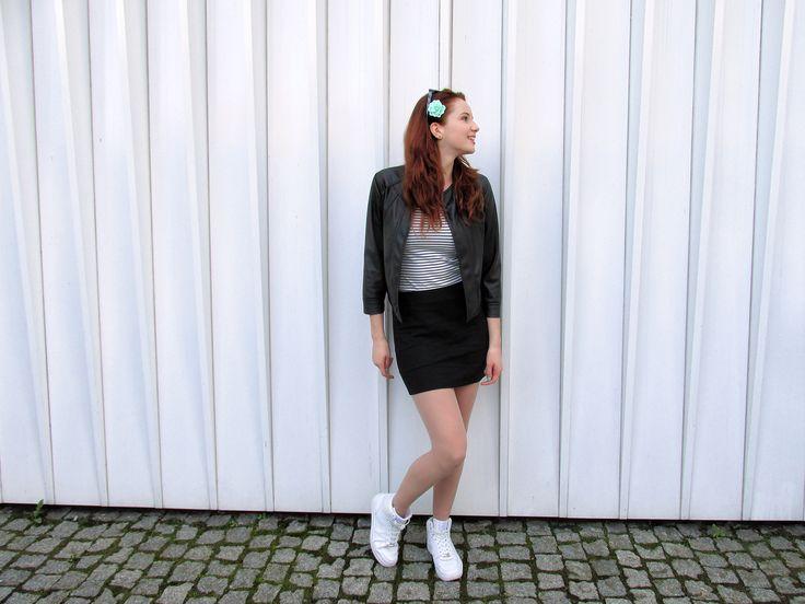 outfit, style, styl, moda, fashion, blogerka, blogger, ootd, ginger, redhead, redhair, ruda, longhair, flower, black, white, girl, polishgirl, smile, girly