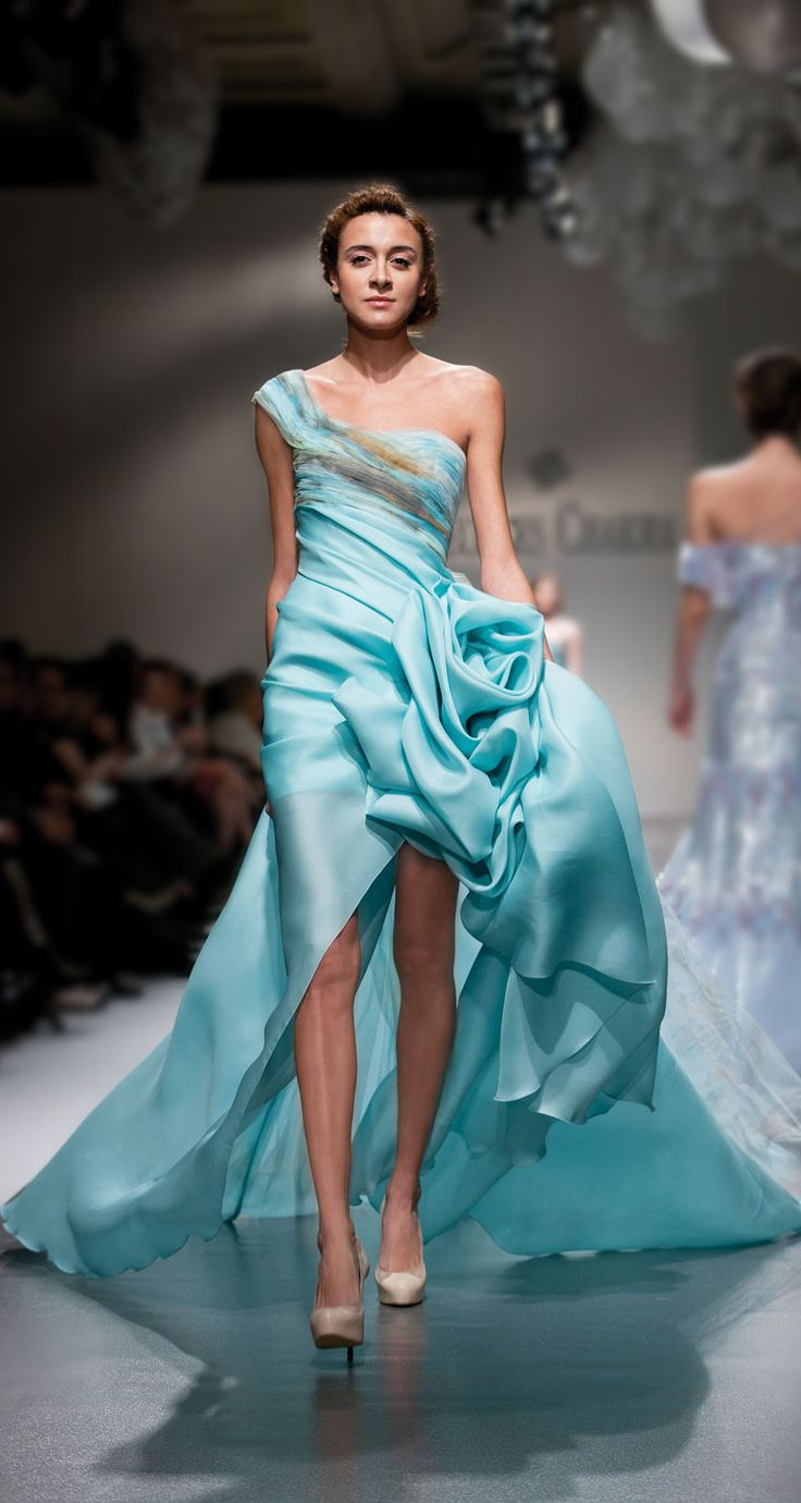 notordinaryfashion:  cherryls:   Georges Chakra | Spring Summer 2012 Couture  (via TumbleOn)  So beautiful