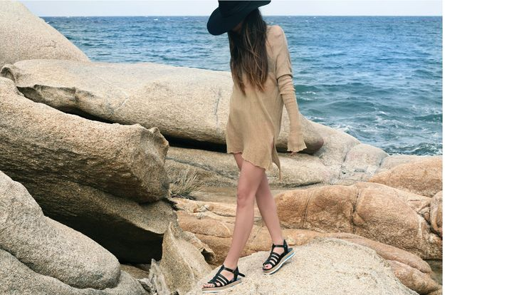 BLACK sandals. Made in Greece.  #lychnaftia  find them here: www.esiot.gr