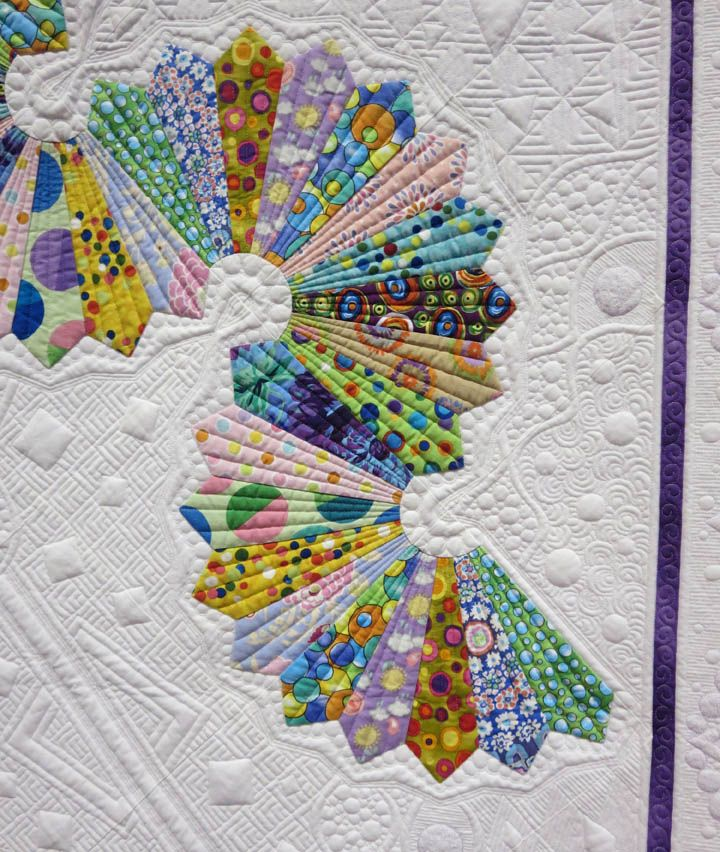 """Let's Do the Dresden Twist"" quilt by Teri Cherne. 2014 PIQF, closeup photo by Tami Levin 