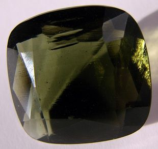 """Moldavite: (more rare than rubies or sapphires as it is said to have extraterrestrial orgins) an extremely high vibrating stone, it has traditionally been used for abundance, fertility, and healing; known to have it's own cosmic """"oversoul"""" this stone can connect the holder to the angelic realm for cosmic messages and for achieving the highest spiritual dimensions.   #perspicacityparty #magicgeodes #magicstones #stones #crystals #gems #moldavite"""