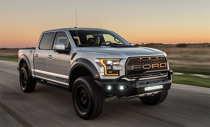 New 2019 Ford 7 0 Liter V8 Hp Engine Ford Velociraptor Ford F150 Raptor Coches Todoterreno