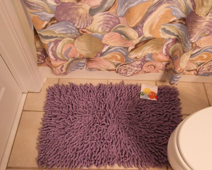 Purple Bambini Rug with Purple Shell Shower Curtain