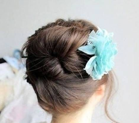 How-to-DIY-Easy-Bun-Hairstyle-Using-Chopstick-9.jpg
