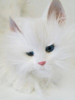 FurReal Friends Tiger Lulu My Cuddlin Kitty Solid White Cat 2002 Blue Eyes