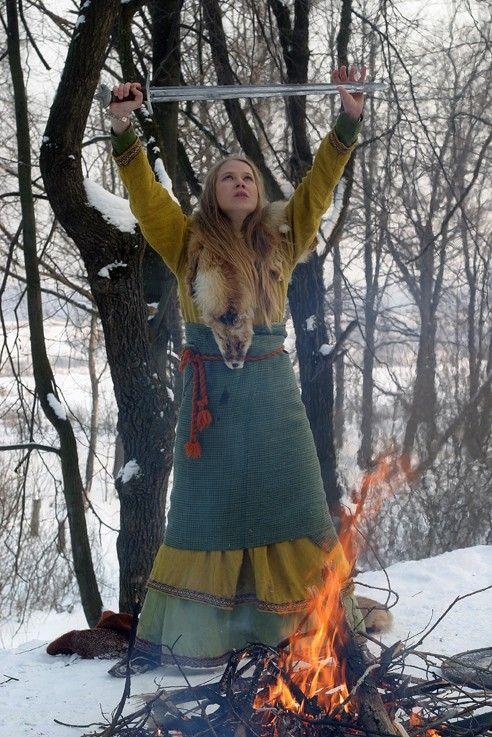 viking women warriors | espère que ça donnera envie à certains de découvrir Arkona et la ...