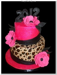 I am determined to have a cheetah print cake for my next birthday. Instead of pink, red. Red and cheetah