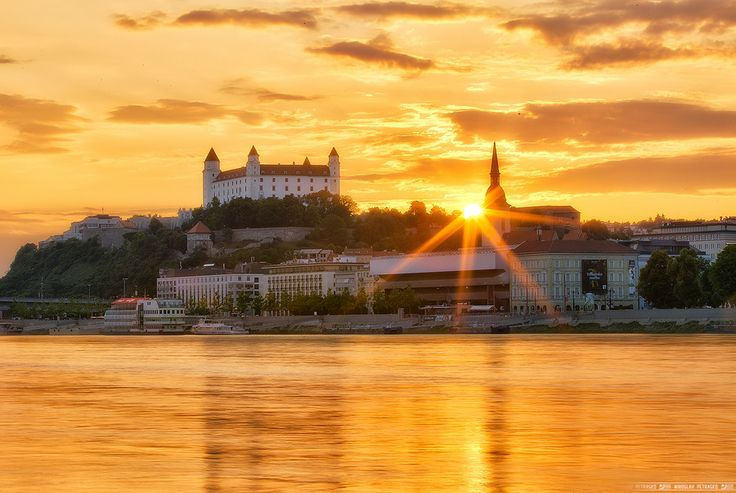 Bratislava castle is dominating the city skyline for many centuries.  In the middle of the 16th century, Bratislava became the official coronation town for Hungarian Kings and at the castle there was a residence of the king. #slovakia #bratislava #castle  Photo by Miroslav Petrasko
