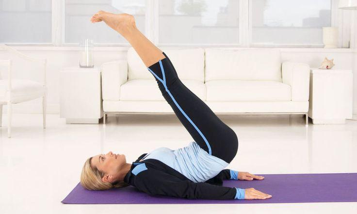 Τρεις γρήγορες ασκήσεις για κοιλιακούς που μπορείτε να κάνετε κάθε μέρα