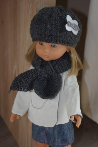 Bonnet et écharpe pour la poupée Marie
