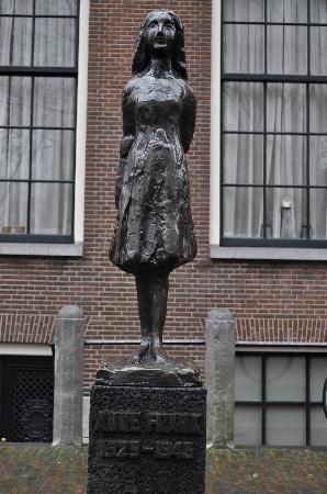 A statue of Anne Frank outside of her Amsterdam hiding place.