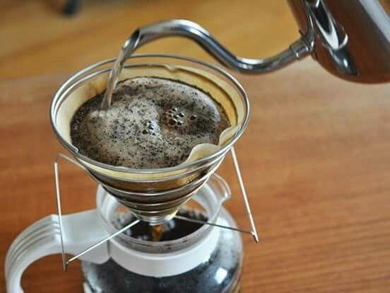 Ven por tu cafe de grano recien molido. Preparado en maquina o dripper. 100grs para llevar y molido a tu pinta $4000