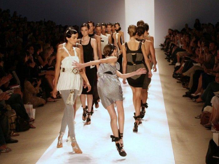 Fashion Model Acrobatics