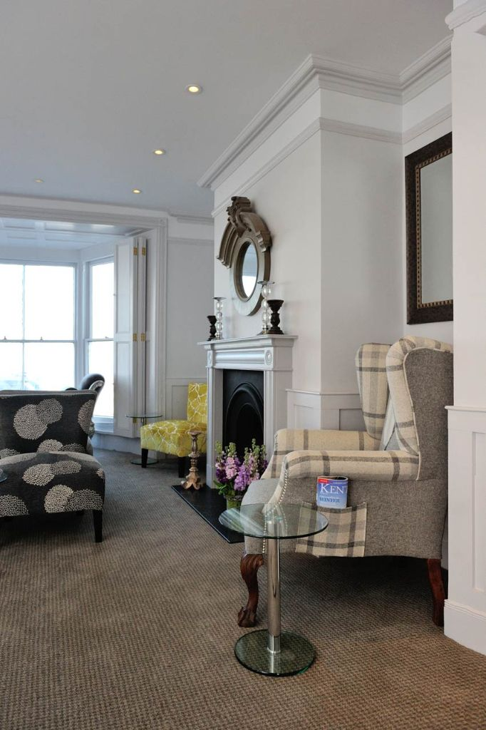 Crescent Victoria Margate - A boutique seafront townhouse, restored to provide 14 individually designed bedrooms, with stunning views of Margate Sands and sea beyond.