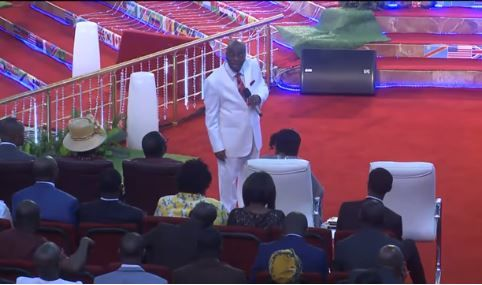 """If You Don't Pay Tithe God Will Not Open the Windows of Heaven On You"" - Oyedepo Blows Hot in New Video http://ift.tt/2BsbqaP"