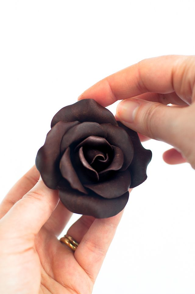 Lulu's Sweet Secrets: How To Make Modeling Chocolate Roses