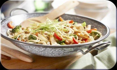 Gegrilde scampi's met romige eiernoedels recept - Vis - Eten Gerechten - Recepten Vandaag