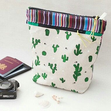 New in Store - Cactus Aztec Storage Zipper Bag